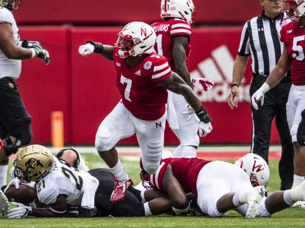 Barry named to Butkus Award Watch List
