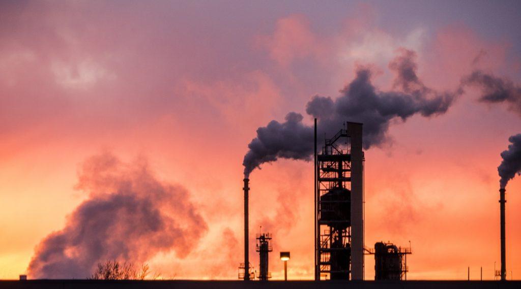 Wyoming sues refinery over environmental violations