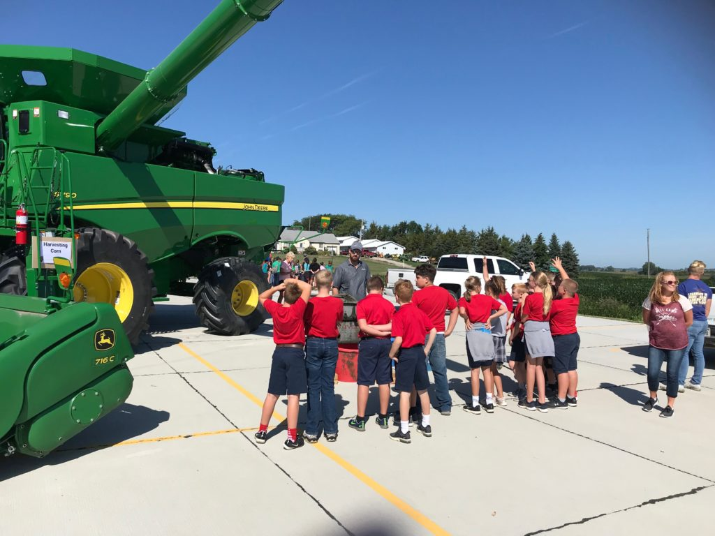 Northeast Nebraska Corn Growers Hosted 250 5th Grade Students