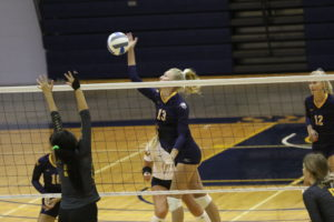 No. 3 Iowa Western tops WNCC in four