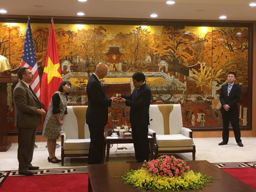 Vietnamese leader to visit Nebraska after Ricketts meeting