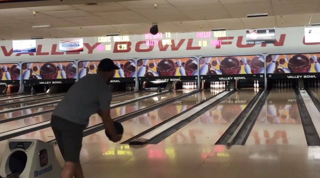 Scottsbluff's Valley Bowl closing at end of the month