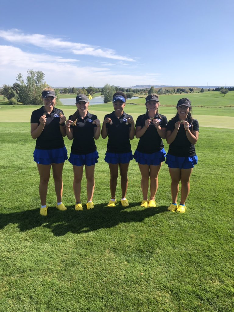 Gering girls win invite with school record round