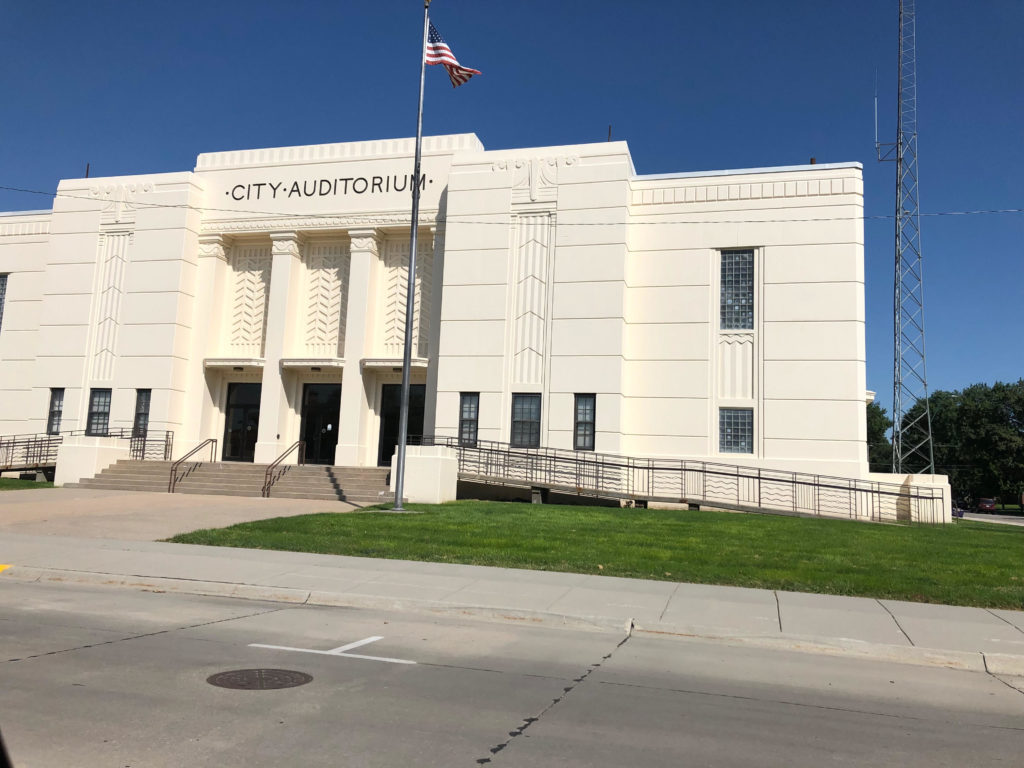 Majority Of Residents Want To Keep City Auditorium