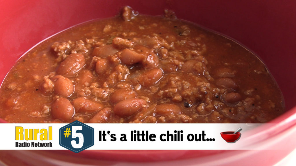 Why do Midwesterners love chili & cinnamon roll season? – Friday Five (10/4/19)