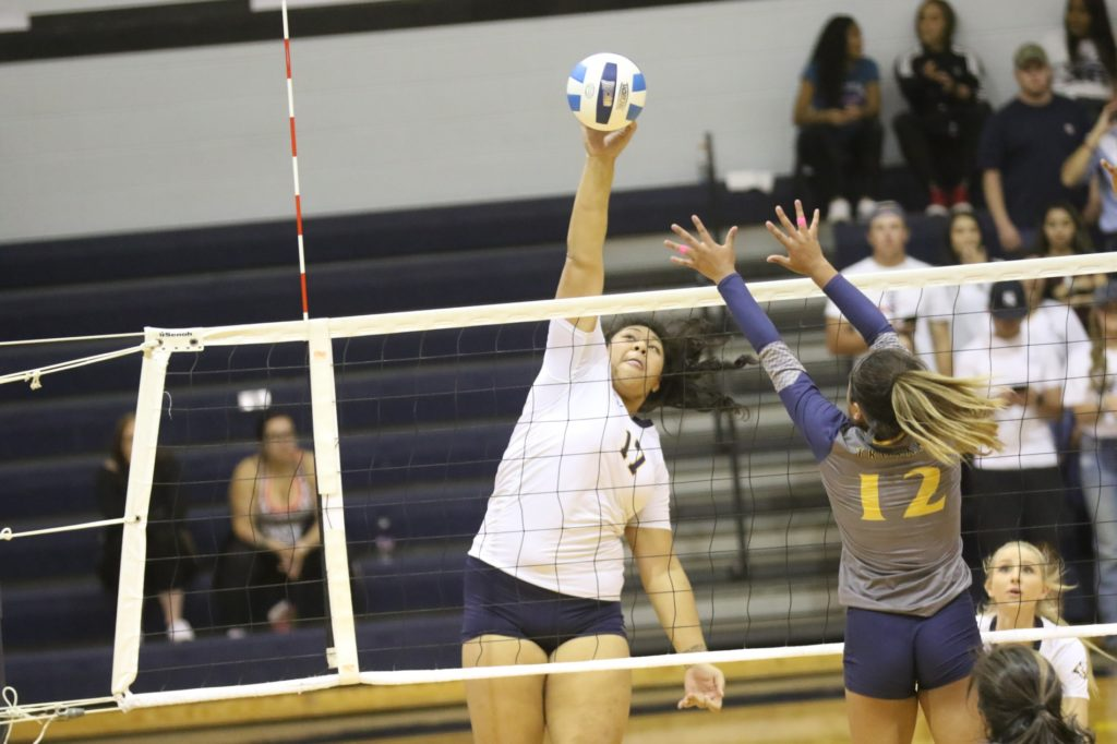 WNCC sweeps Trinidad for 11th straight win