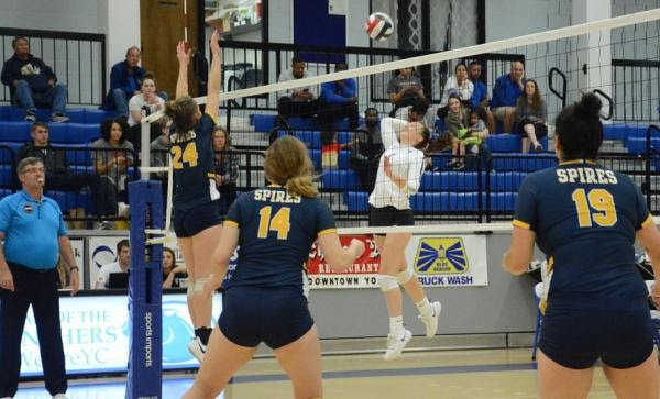 Volleyball: Panthers swept by Spires in KCAC action