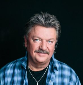 Joe Diffie to Headline Sutherland Rodeo Concert