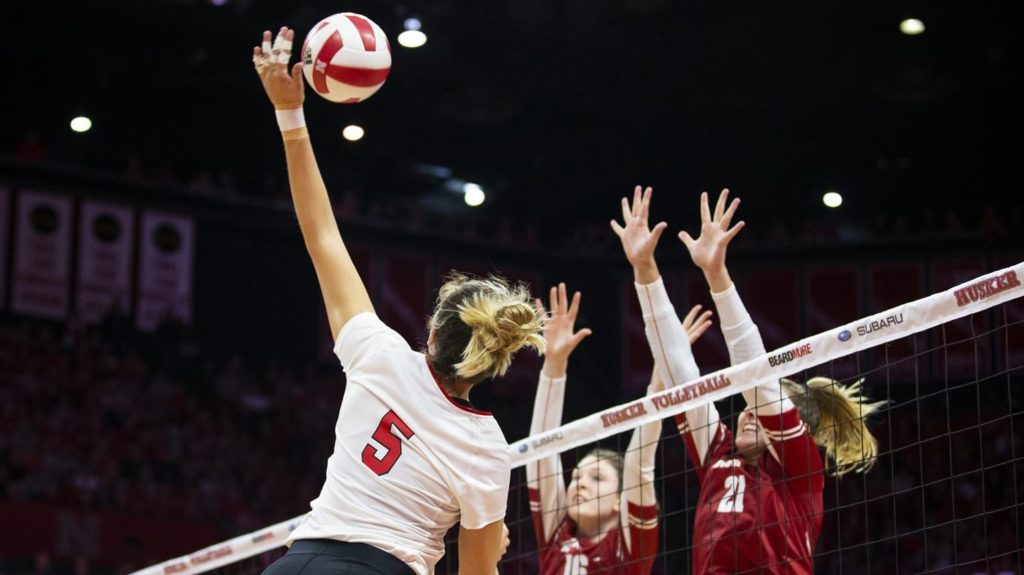 Huskers set for top-10 road matches