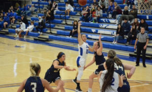 Panthers fall to Avila in KCAC opener