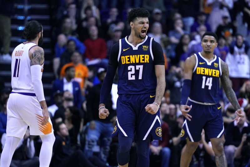 Murray's clutch shooting lifts Nuggets past Suns