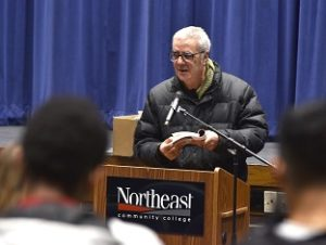 Northeast students to present final poetry readings in early December
