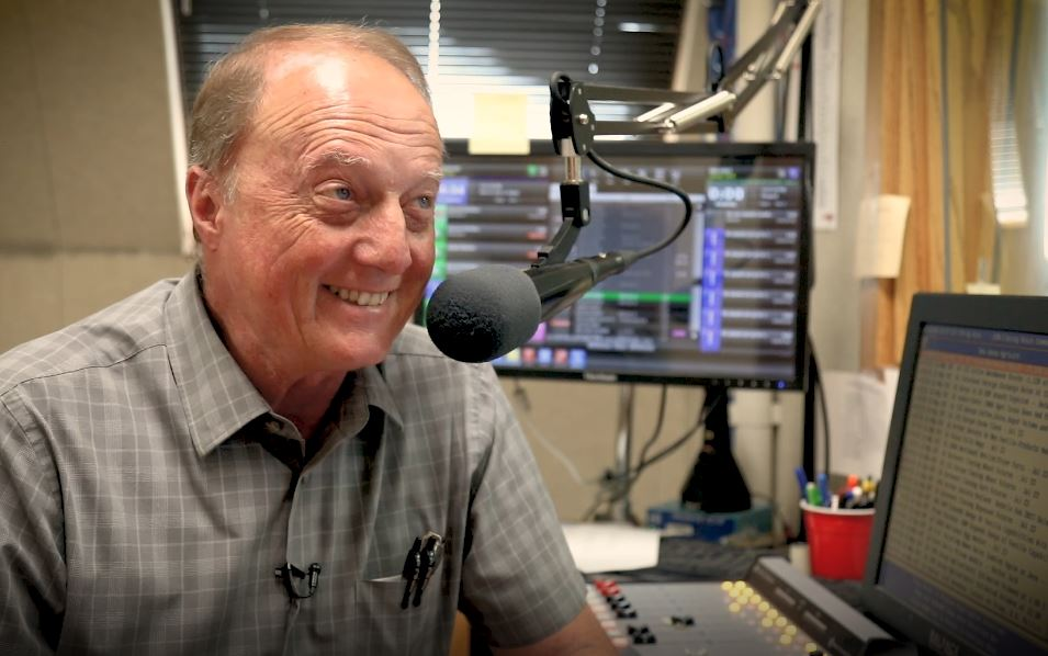 AUDIO/VIDEO: Nelson signs off with final broadcast