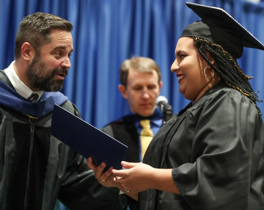 Lopez-Cruz honors parents with UNK commencement message