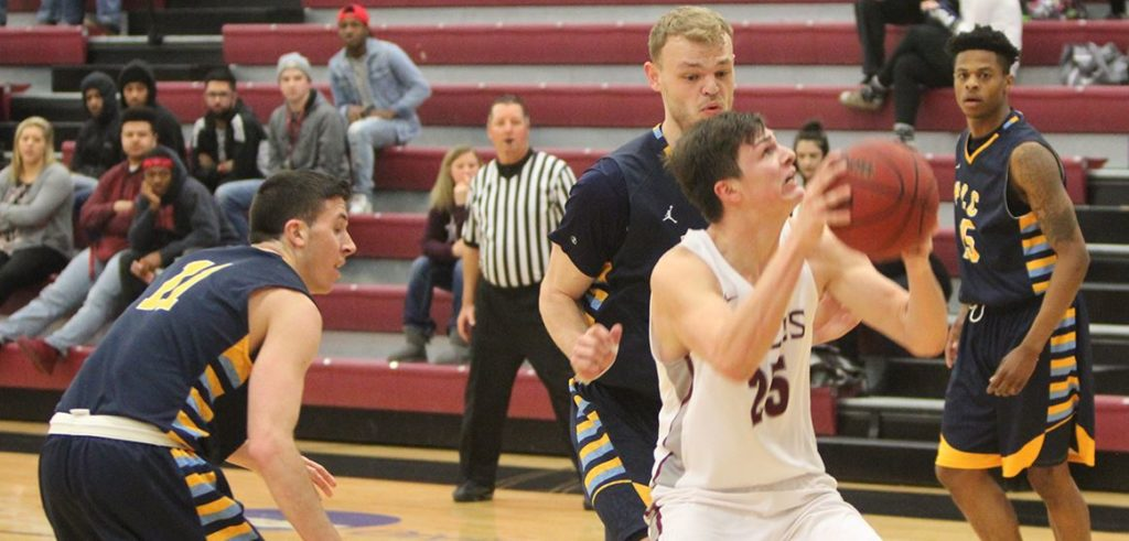 CSC men upset Fort Lewis on the road