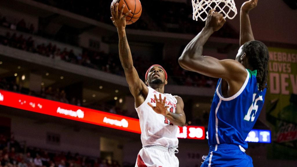 Huskers set to host Hawkeyes at PBA