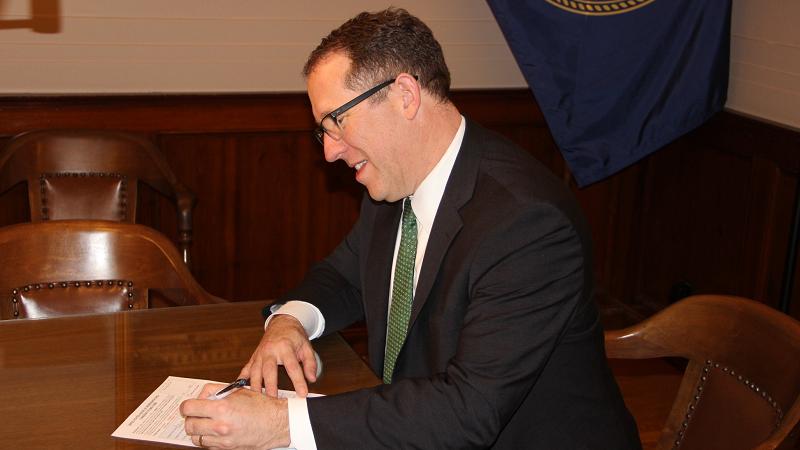 "Smith Earns Nebraska Farm Bureau ""Friend of Agriculture"" Designation"