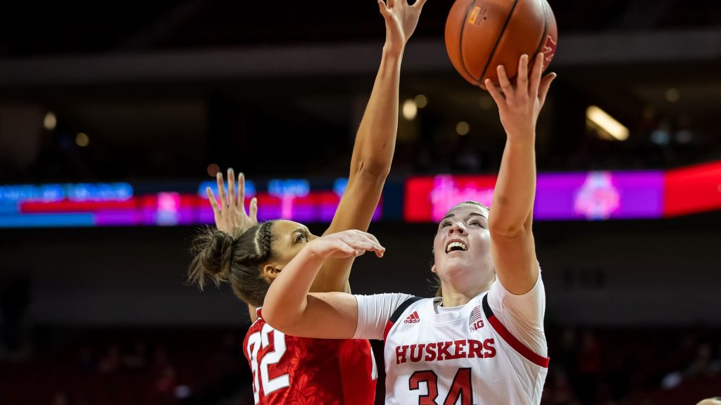 Huskers Falter In Second Half