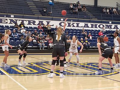 Lopers Lose Double Header With UCO
