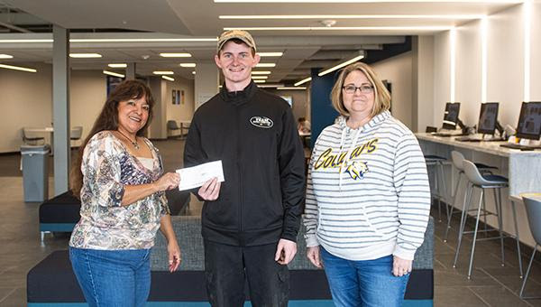 Leggott Awarded Nebraska New Car & Truck Dealer's Association Scholarship