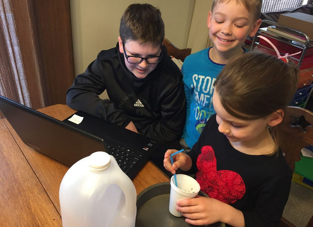 (AUDIO) 4-H Extension Educators Reach Youth with Two New Live Video Programs