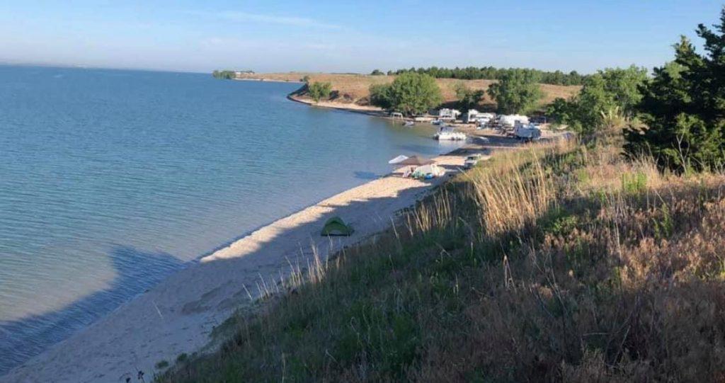 Nebraska Game and Parks Commission Bans Alcohol at Lake McConaughy