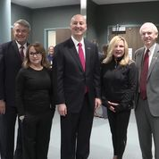 Gov. Ricketts Greets Guests as Four Leave National Quarantine Unit
