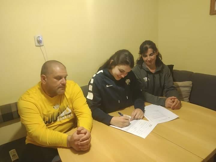 WNCC's Valcheva signs with University of Texas San Antonio