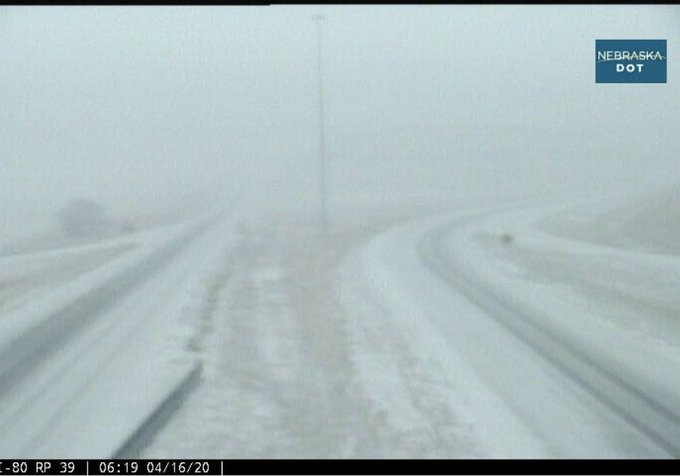 I-80 closed in Wyoming
