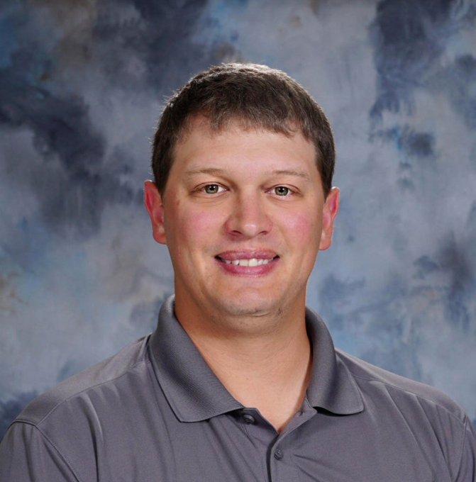 Menke takes over Seward Boys Basketball program