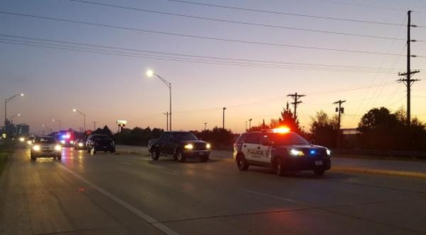 Three-vehicle crash on Plum Creek Parkway, minor injuries