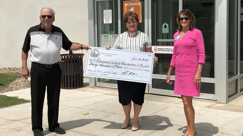 OTCF Donates $30,000 to Regional West Foundation for da Vinci System