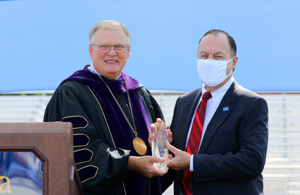 Brad Kernick receives UNK's Cope Cornerstone of Excellence Award