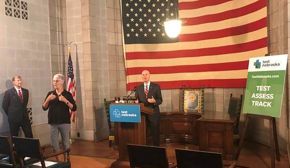 Gov. Ricketts, Univ. of Nebraska President Carter Discuss College Students Returning to Campus