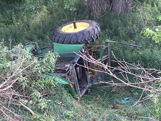 Injury Accident involving John Deere tractor