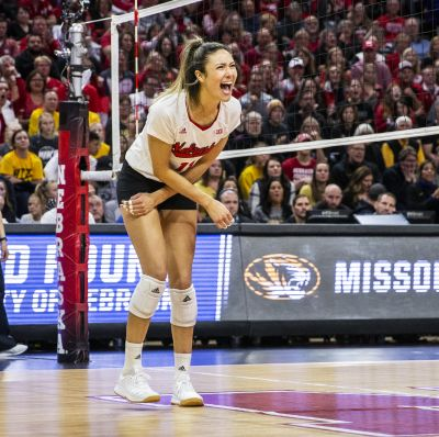 Husker volleyball to hold first workout