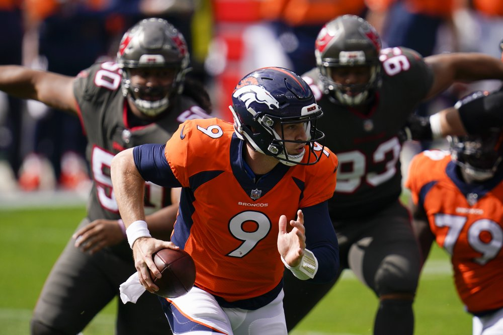 Driskel benched, Broncos fall to 0-3 after loss to Bucs