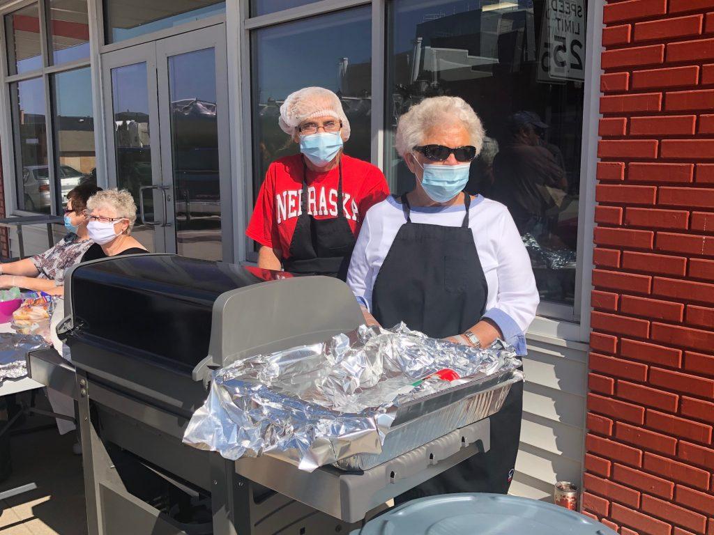 KTIC Prize Recipient Donates Grill to Wisner Senior Center