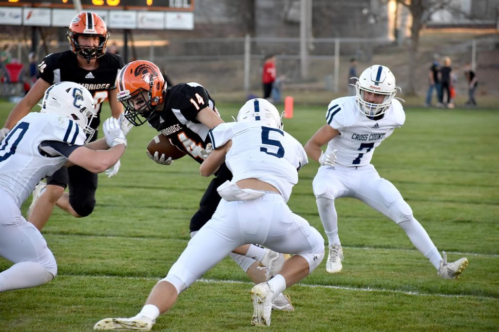 Cougars dominate Trojans in second round of Class D1 playoffs
