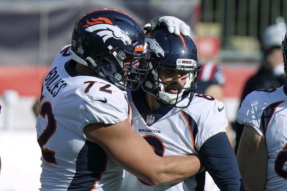 McManus' 6 FGs lift Broncos over Pats