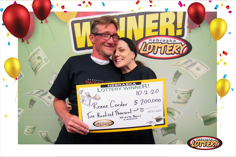 Kearney Woman Wins $200,000 Playing Ultimate Bonus Crossword
