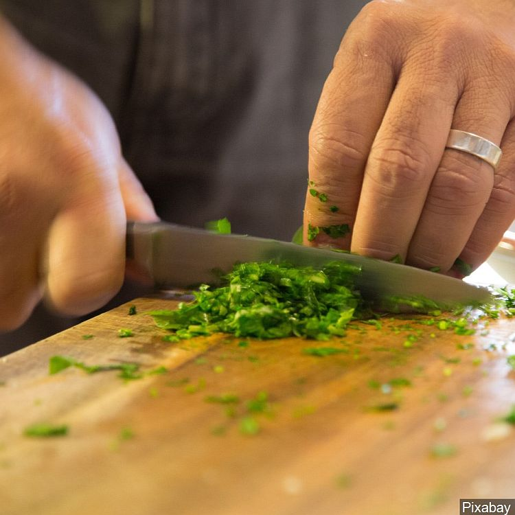 Growing and Cooking with Herbs Class Online and in Valentine November 5th