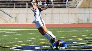 Cera returns, Ross scores winner on victorious senior day