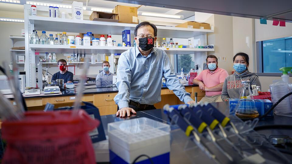 Nebraska Virologist's Nasal Spray Could Mean Needle-Free Covid-19 Vaccine