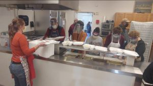 1,000+ Served by Thanksgiving in the Valley Volunteers