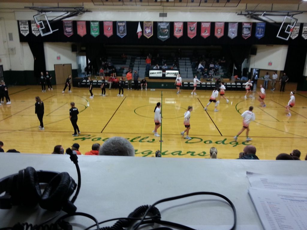 (AUDIO) Oakland-Craig and Howells-Dodge split Basketball Doubleheader on the Bull