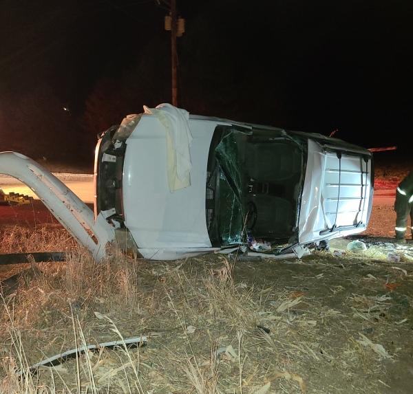 Single vehicle rollover southeast of Lexington, one person transported