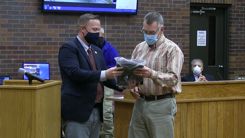 Gering Council Honors Danielzuk for 13 Years as City Administrator