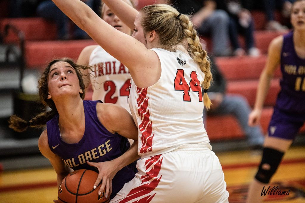 (AUDIO) – Duster Girls Push Broken Bow, Fall on Road