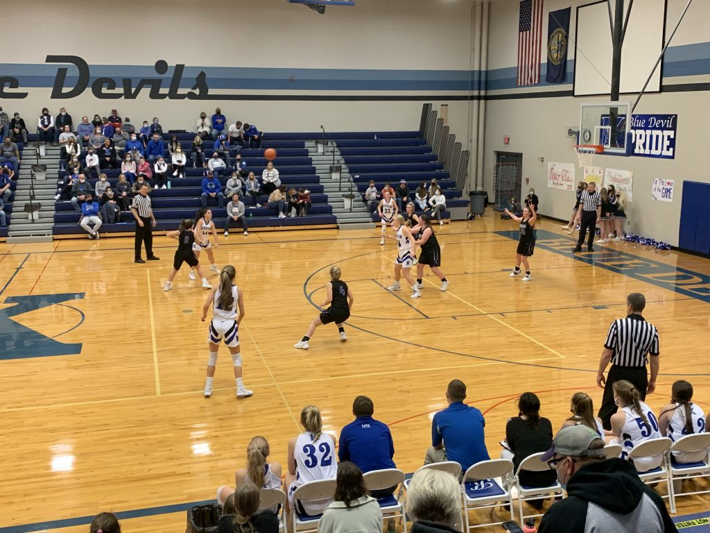 (AUDIO) – Axtell Girls Finish Strong, Win at Kenesaw